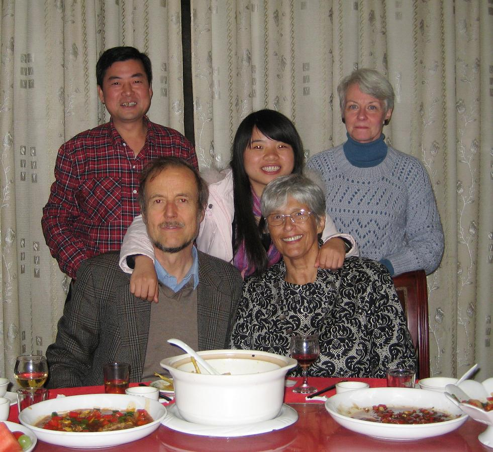 2009 - 2 months in Xiangtan with prof Liu - good-bye party (c).jpg 8.8K